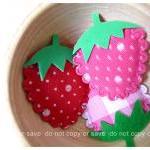 3 Strawberry felt with foam stem