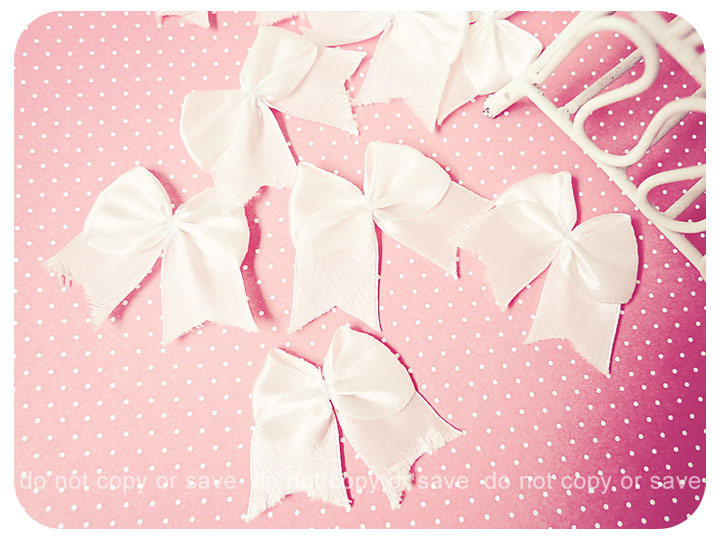 10 Ribbon white big satin / pack